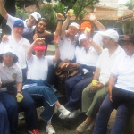 San Isidro: Se realizó una jornada de abrazos gratis por la inclusión afectiva